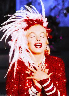 """Marilyn Monroe in """"Gentlemen Prefer Blondes"""""""
