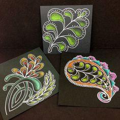 zentangle colors on black paper Doodles Zentangles, Zentangle Patterns, Mehndi, Henna, Zen Doodle, Doodle Art, Tangle Art, Zen Art, Black Paper