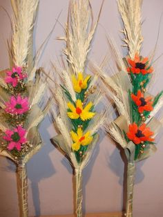 Polish Easter, Easter Crafts, Paper Cutting, Crochet Stitches, Lego, Table Decorations, Diy, Tamales, Poland