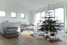Kerstmis en kerst inspiratie. Voor meer kerst en interieur  kijk ook eens op http://www.wonenonline.nl/interieur-inrichten/kerst-interieur-inspiratie/  christmas xmas