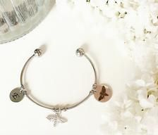 Initial Bracelet / Personalised bracelet / Gifts for her /   Etsy Personalized Bracelets, Personalized Tags, Bridesmaid Bracelet, Bridesmaid Gifts, Initial Bracelet, Stones And Crystals, Silver Color, Color Patterns, Friendship Bracelets
