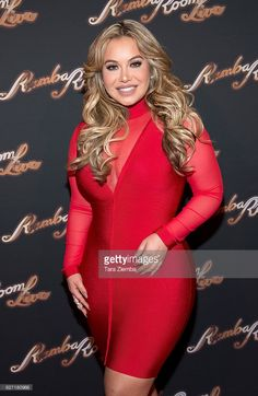 singer-chiquis-rivera-attends-the-grand-opening-at-rumba-room-live-on-picture-id627180968 (666×1024)
