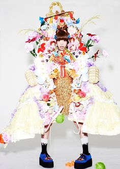 Kyary Pamyu Pamyu for Dazed Magazine Cover Shoot. Japanese Streets, Japanese Street Fashion, Weird Fashion, Fashion Looks, Cool Outfits, Fashion Outfits, Womens Fashion, Dazed Magazine, Kyary Pamyu Pamyu
