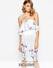 Vestido de tubo palabra de honor de satén con capa superior más corta con diseño floral de True Violet