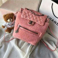 88f13d0d06e8 18 Best Pink Life Cute Bags. images