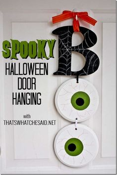 Stop by to see this super fun and easy BOO Halloween Door Hanging! Perfect for your #spookyspaces as well as on a wall! JoAnn Fabric and Craft Store Coupon