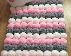 Alfombras con dise o para ni os mimundomanual tejidos for Como hacer alfombras en bordado chino