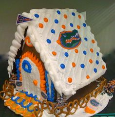 My kind of gingerbread house! Gator Game, Gator Football, Football Crafts, Florida Gators College, Florida Gators Softball, Homemade Christmas Gifts, Holiday Fun, Christmas Crafts, Gator Party