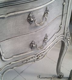 villabarnes: Grey Washed Stand