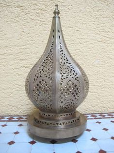 Moroccan floor lamp Moroccan Lamp standing copper lamp | Etsy Moroccan Floor Lamp, Moroccan Ceiling Light, Moroccan Pendant Light, Moroccan Lighting, Brass Pendant Light, Pendant Lamp, Light Table, Lamp Light, Copper Lamps