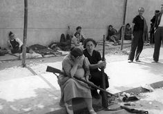 The Spanish Civil War. Women were among the Republican combatants during the Spanish Civil War. (Photo by Fox Photos/Getty Images). Ap World History, Women In History, World War Ii, Old Photos, Vintage Photos, Frente Popular, Spanish War, War Photography, Military History