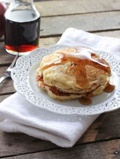 Sweet Cheddar Pancakes with Apples & Bacon - FoodBabbles.com #KGgrassfed