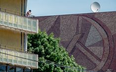 Zoom image   Add to MyArchDaily  Pin it  Share  13 / 43   Socialist Modernism on Your Smartphone: This Research Group is Raising Funds for a Crowdsourcing Mobile App Cinema Oktyabr, Moscow, Russia. Built 1967. Architects: M. Posokhin, A. Mndoyants, V. Svirsky. Photo by Dumitru Rusu. Image © BACU