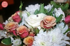 elegant, small table centerpiece  Event planning & decorations. Contact: ilinca@pastelle.ro https://www.facebook.com/PastelleEvents
