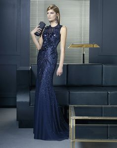 Glamour evening dresses by rosa clara collection 2014 Glamorous Bridesmaids Dresses, Glamorous Evening Dresses, Beautiful Cocktail Dresses, Beautiful Gowns, Evening Gowns, Bridesmaid Dresses, Cute Dresses For Party, Prom Party Dresses, Formal Dresses