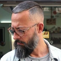 Grey Hair Fade Haircut The Effective Pictures We Offer You About short grey hair messy A quality pic Grey Hair Fade, Short Grey Hair, Short Hair Cuts, Short Hair Styles, Short Hair And Beard, Short Hairstyles With Beard, Beard Styles For Men, Hair And Beard Styles, Male Hairstyles