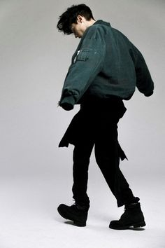 panduhm0n1um:  Timur Simakov@Scoutingone Viatgé Jon Model is...