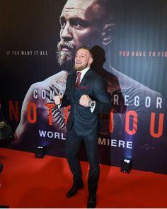 Conor Mgregor, Conor Mcgregor Style, Notorious Conor Mcgregor, Kick Boxing, Classy Fashion, Ufc, Martial Arts, Kicks, Celebrity