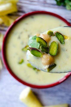Creamy Zucchini Soup   giverecipe.com   #soup #zucchini #creamysoup #fallrecipes #vegetarian