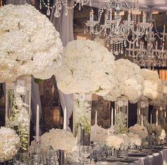 Gorgeous tall hydrangea Arrangements for an all white wedding. All White Wedding, Dream Wedding, Black Silver Wedding, White Wedding Flowers, Bridal Flowers, Floral Wedding, Wedding Colors, Hortensien Arrangements, Wedding Table