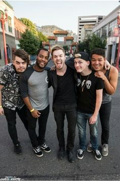 The band including austin... I miss Austin<<<< well please don't he raped someone and had to go to court for having sex with a minor thanks