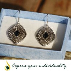 www.jawaherexpress.com Black Crystal Earring