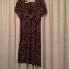 Sweaterdress Extremely soft sweater dress. Brown and cream. Great with heels to the office or boots for daytime shopping. Dresses