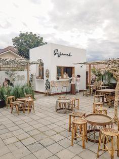 Outdoor Cafe, Outdoor Restaurant, Cafe Restaurant, Cafe Shop Design, Restaurant Interior Design, Design Furniture, Plywood Furniture, Design Café, House Design