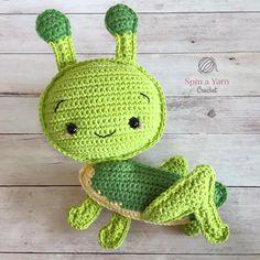 Kijk wat ik gevonden heb op Freubelweb.nl: een gratis haakpatroon van Spin a Yarn Crochet om deze superleuke sprinkhaan te maken  https://www.freubelweb.nl/freubel-zelf/gratis-haakpatroon-sprinkhaan/