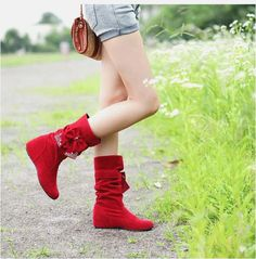FREE SHIPPING beautiful bow boots