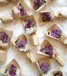 Pin by Galina Prica on Cadouri Bouquet Wrap, Dried Flower Bouquet, Dried Flowers, Paper Flowers, Flower Boxes, My Flower, Flower Wrap, How To Wrap Flowers, Flower Packaging