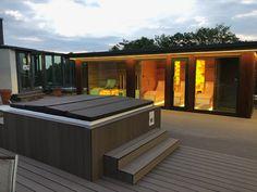 Stavba sauna domu na mieru sa dokončil😀 Dnes už v plnej kráse bude k dispozícií pre zákazníkov hotela. Pokial sa pripravý video o montáži komfortné ho sauna domu Vám zatial zverejňujem fotky o hotovom sauna dome, externom wellness.