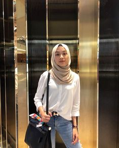 Hijab Fashion Summer, Modest Fashion Hijab, Stylish Hijab, Modern Hijab Fashion, Street Hijab Fashion, Casual Hijab Outfit, Hijab Fashion Inspiration, Workwear Fashion, Muslim Fashion