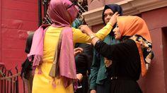 #Tesettür #giyimin püf noktalarını bu yazımızda inceleyebilirsiniz.  Link: http://tofisa.livejournal.com/845.html