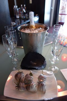 How to host Las Vegas bachelorette parties in style!