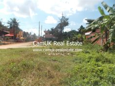 $500 pcm - The land for rent is located in Sala Komreuk commune, Siem Reap city which is in a developing area. Moreover, this land can be used to build individual villas, houses, an apartment block, boutique, hotel, etc. The surrounding environment is safe and the road condition is ok.