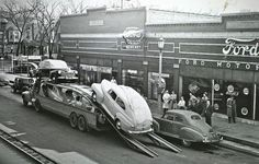 Vintage car dealership on Pinterest | Ford, Motors and Autos