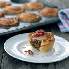 Free vance's mince 'n cheese pie recipe. Try this free, quick and easy vance's mince 'n cheese pie recipe from countdown.co.nz.