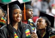 Website Publishes Top 25 Scholarships for Women in 2013-2014