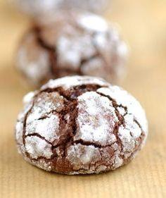 Chocolate Crinkle Cookies   Drop Cookie Recipe  http://www.italian-dessert-recipes.com/italian_cakes.html