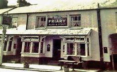 The Bell Inn, 75 Park Street, Horsham, c.1950s.