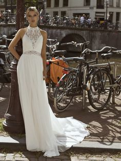 Trouwjurk Modeca Sheer Chiffon, Chiffon Skirt, Lace Bodice, Lace Sleeves, Boho Wedding Dress, Wedding Dresses, Floaty Dress, Boho Look, Dream Dress