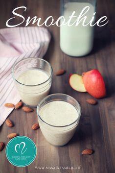 Smoothie delicios cu fructe. Gustare sau mic dejun cu lapte, mere si migdale, smoothie cu mere si migdale. Glass Of Milk, Smoothie, Drinks, Food, Drinking, Beverages, Essen, Smoothies, Drink