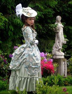 robe a la polonaise | Tumblr