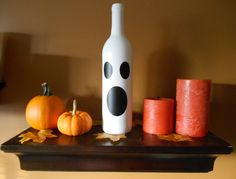 Glow-in-the-Dark Wine Bottle #Ghost with #ModPodge #Halloween | My Girlish Whims