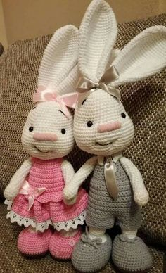 Pretty Bunny amigurumi in pink dress Bunny doll crochet pattern The Pretty Bunny Amigurumi Pattern will help you to create a crochet toy with a lot of cute details. This lovely amigurumi bunny is an ideal Easter gift! Amigurumi Do Zero Are you taking a lo Baby Knitting Patterns, Crochet Bunny Pattern, Crochet Amigurumi Free Patterns, Crochet Dolls, Doll Patterns, Pattern Ideas, Diy Crafts Crochet, Fabric Crafts, Crochet Projects