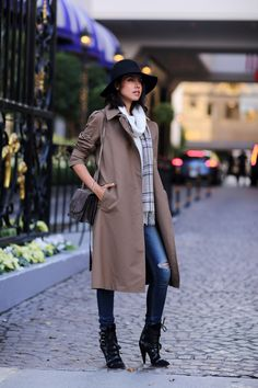 cashmere scarf with casual chic outfit