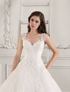 1c4c5c036193 Demetrios 871a Art. 29060 Valkengoed Wedding Fashion Amersfoort Bruiloft  Kledij