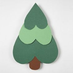 Simple Christmas tree (for class cards? Handprint Christmas Tree, Cardboard Christmas Tree, Christmas Crafts For Kids, Homemade Christmas, Christmas Fun, Christmas Decorations, Christmas Ornaments, Button Christmas Cards, Christmas Hearts
