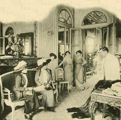 Les Createurs de La Mode 1910 - 14- Coin de Salon - Doeuillet